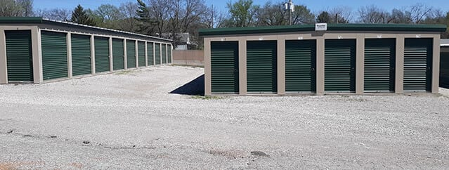 climate-controlled storage units belleville illinois